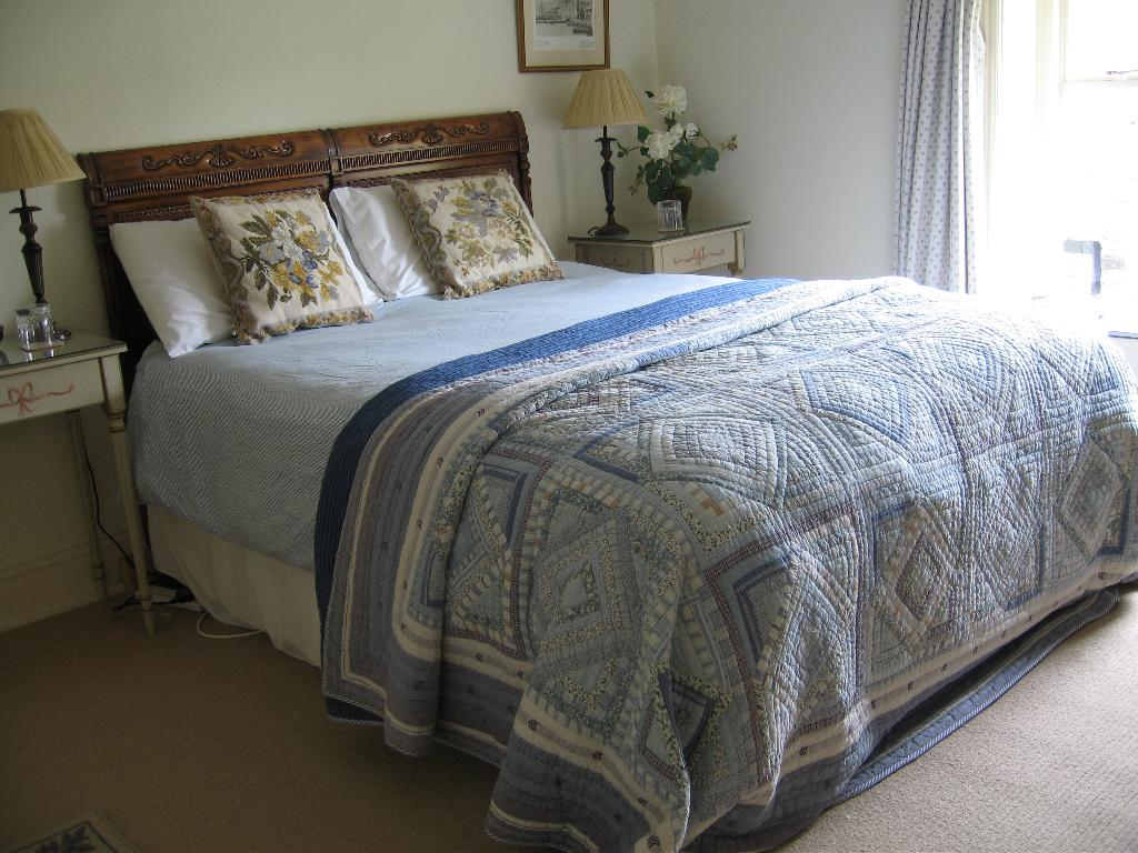 Churchfarm House Bed & Breakfast