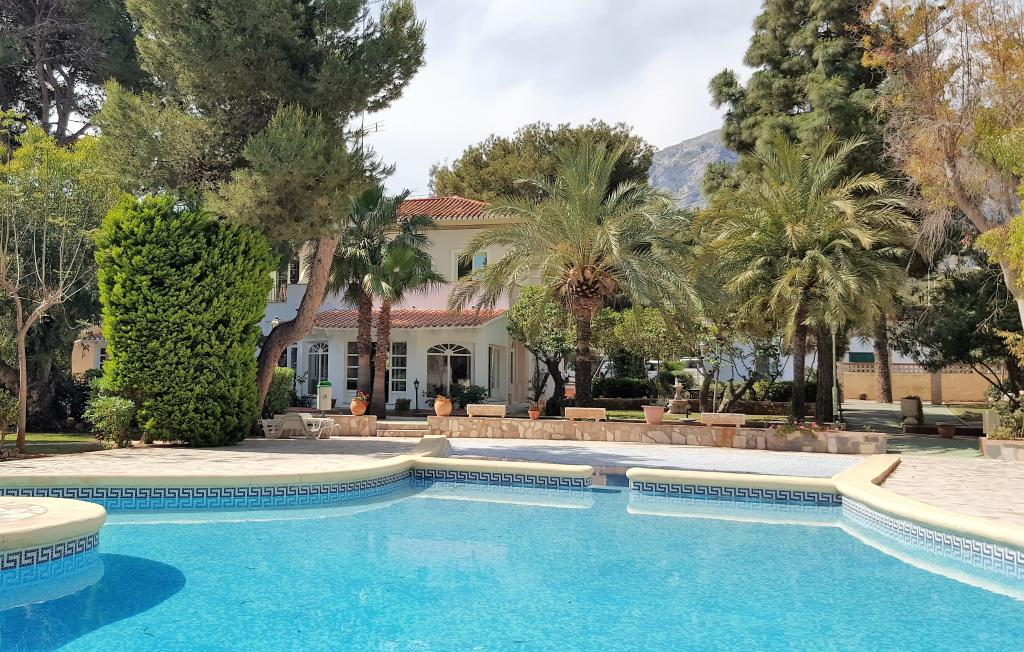 Hotelet La Racona