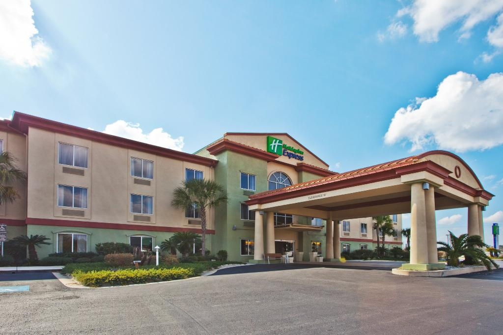 ‪Holiday Inn Express Live Oak‬