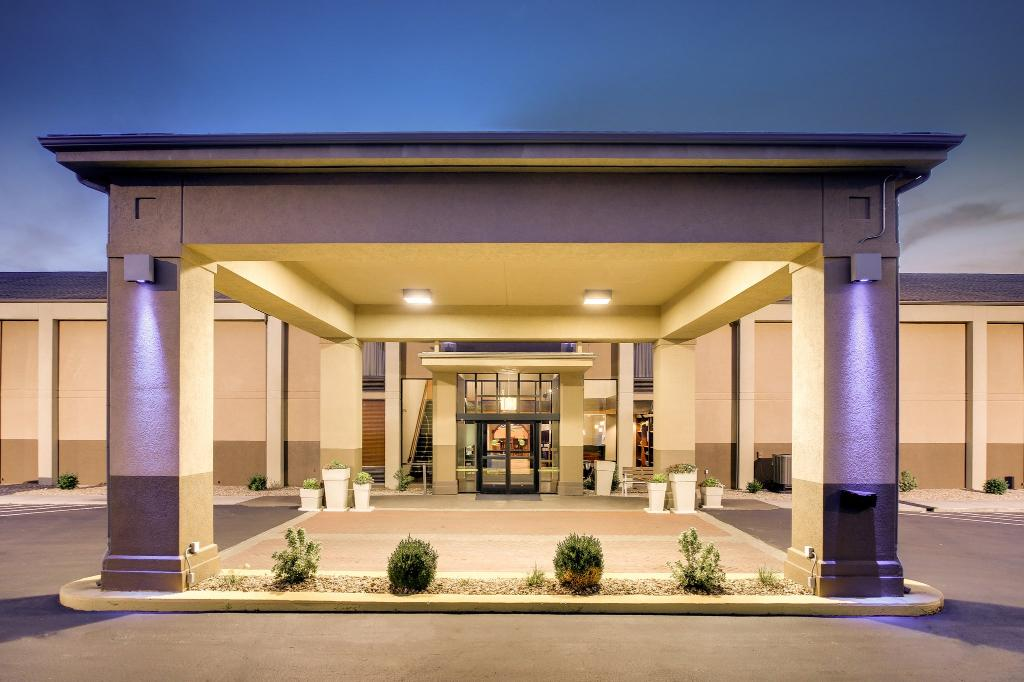 Holiday Inn Express Marshfield (Springfield Area)