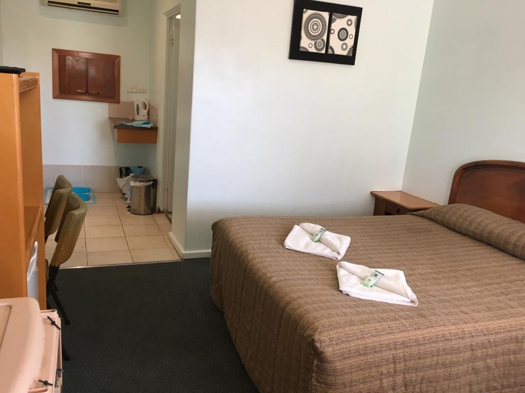Allonville Motel