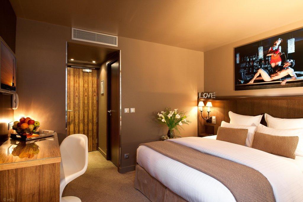 B Montmartre Hotel