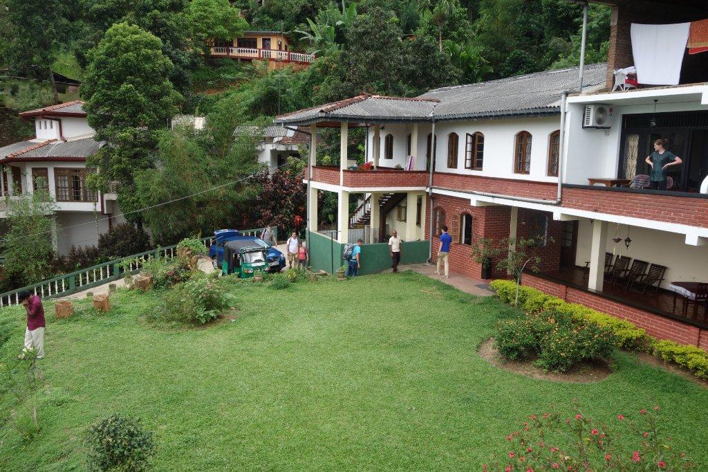 Gem Inn II - Guest House