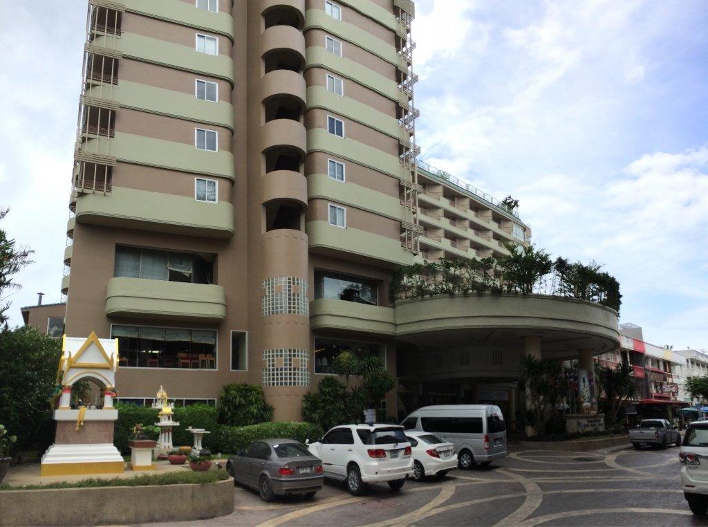 ロング ビーチ チャアム ホテル