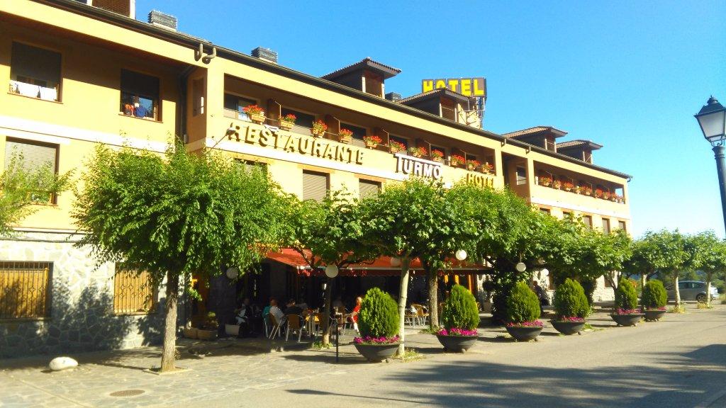 Hotel Turmo