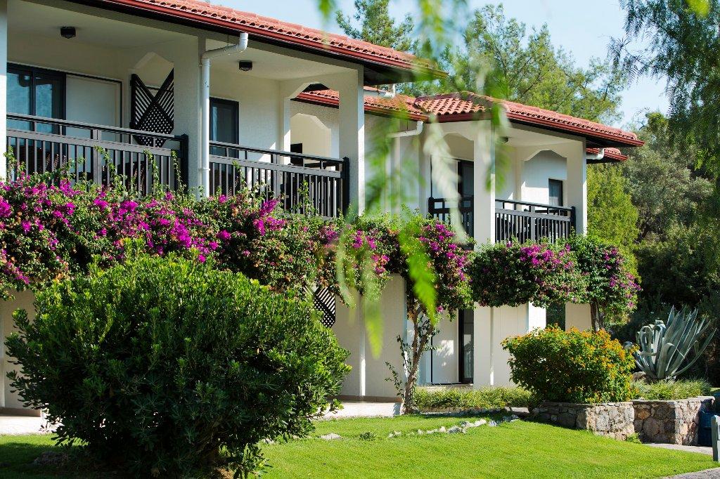 イベロテル サリゲルメ パーク ホテル