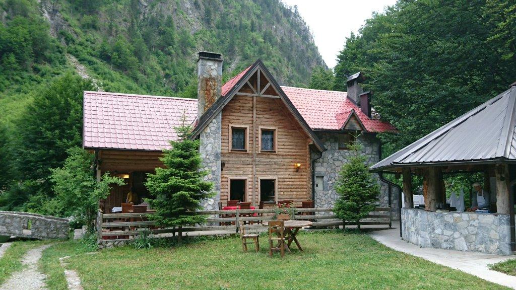 Rilindja Hotel