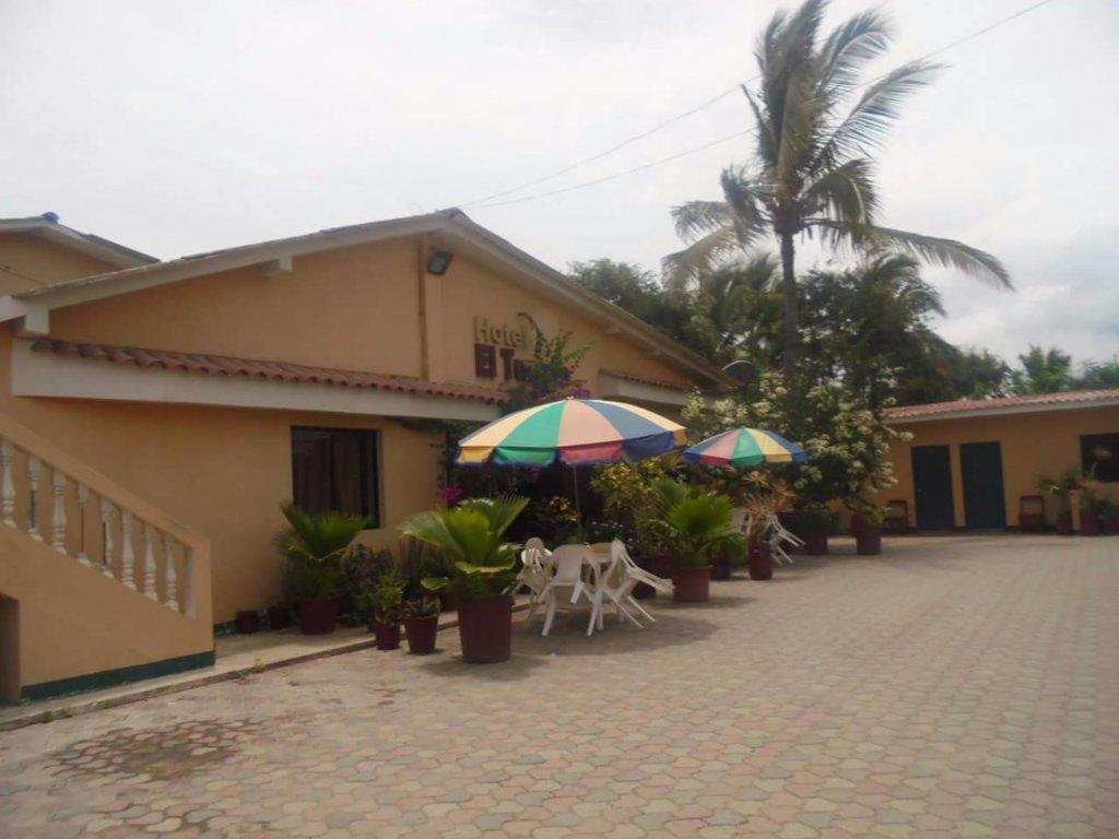 Hotel El Tucano