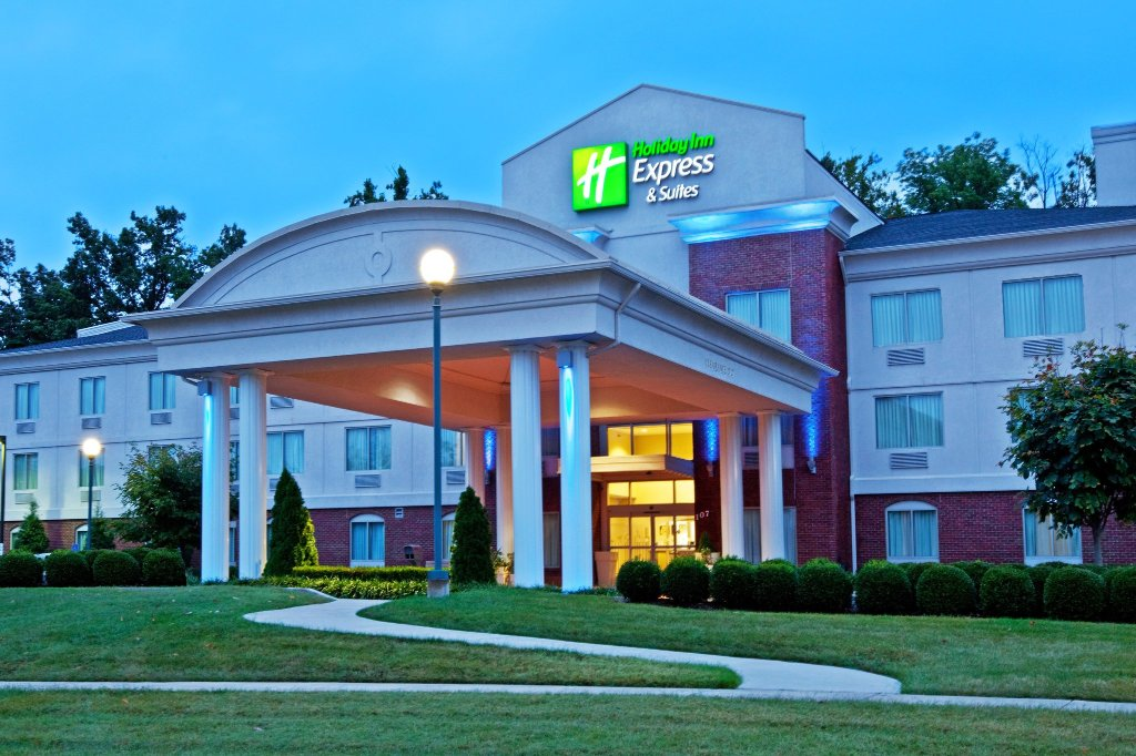 Holiday Inn Express Suites Elizabethtown