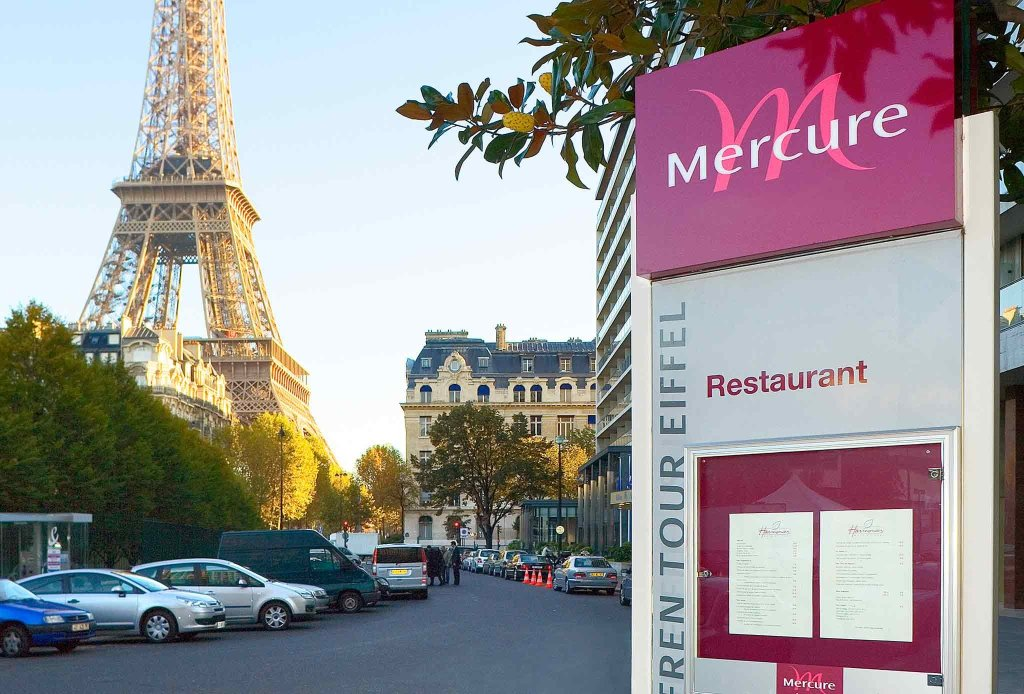 ‪Mercure Paris Centre Tour Eiffel‬