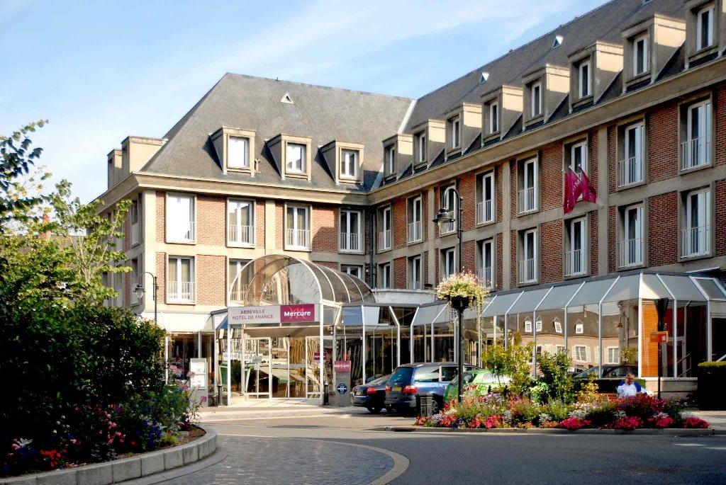 オテルレストラン メルキュール アベヴィユ ドゥ フランス