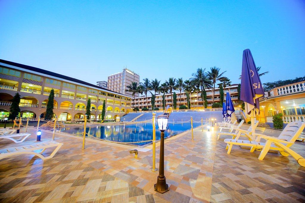 호텔 아프리카나