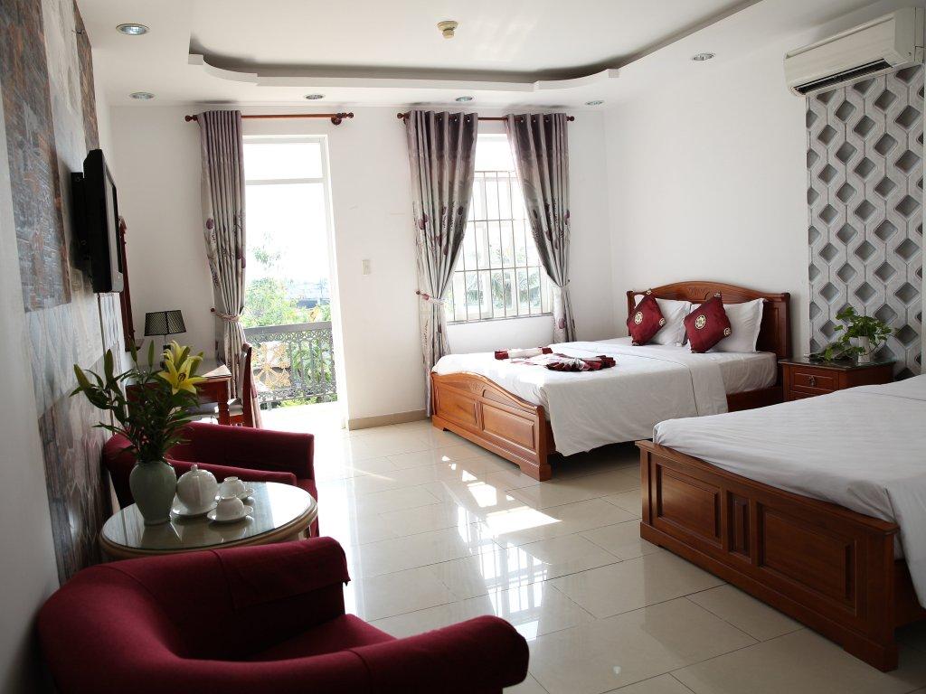โรงแรมโฮพัทแอนด์อพาร์ตเมนท์