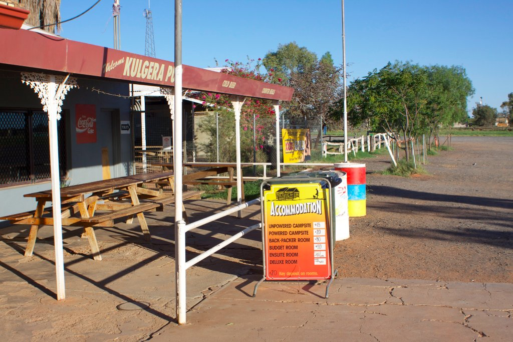 Kulgera Roadhouse Hotel Motel