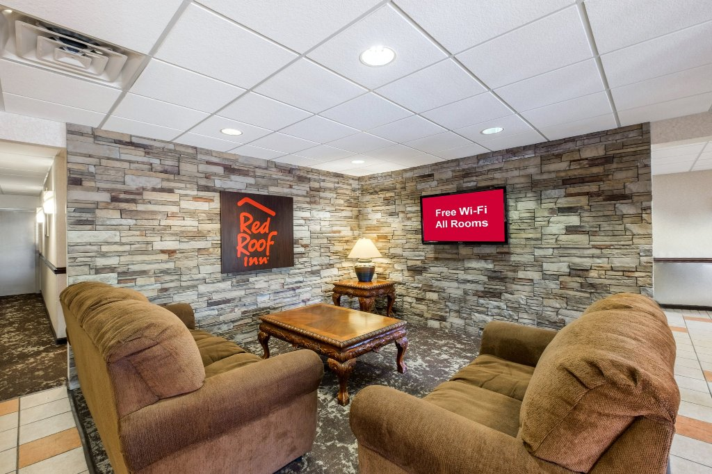 Red Roof Inn Hendersonville