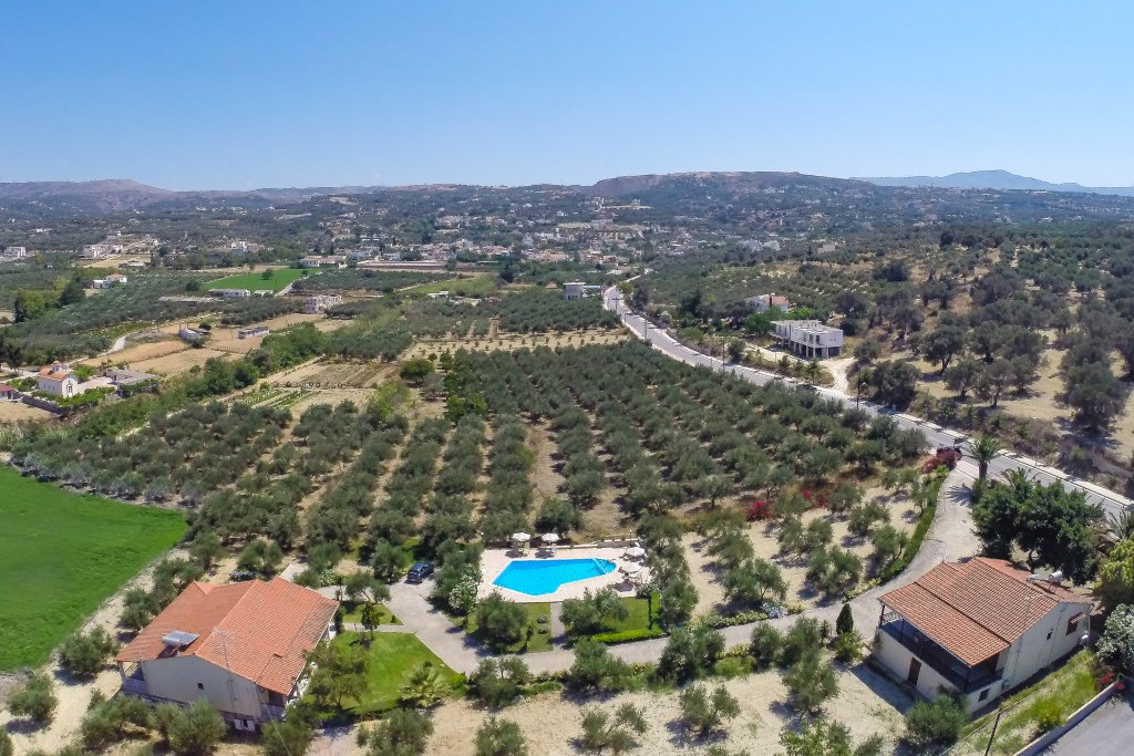 Villas Lefkothea