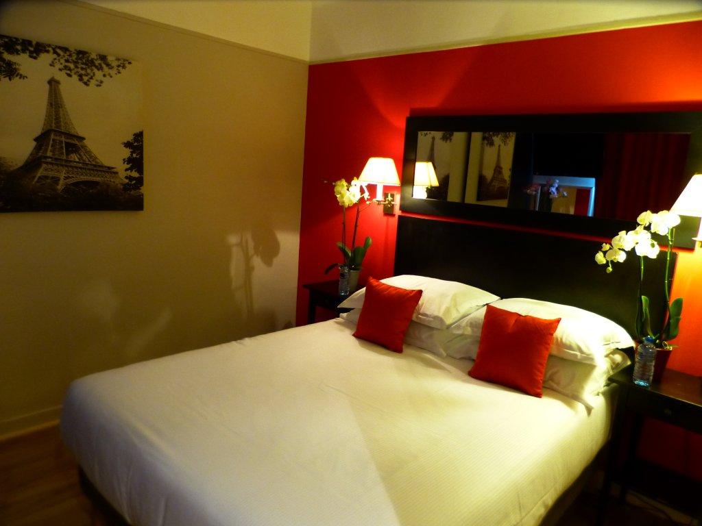 타마리스 호텔