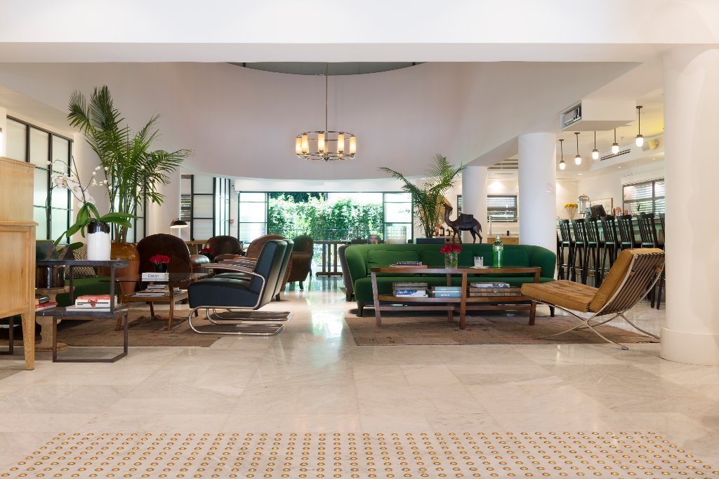 Lily & Bloom Boutique Hotel