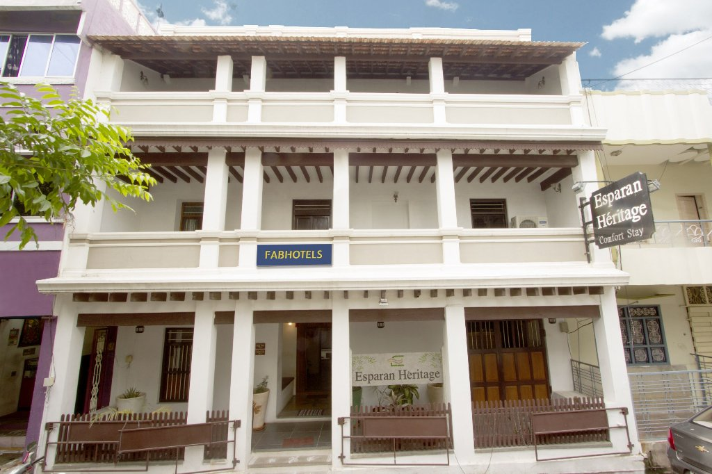 Traditions Inn Esparan Heritage