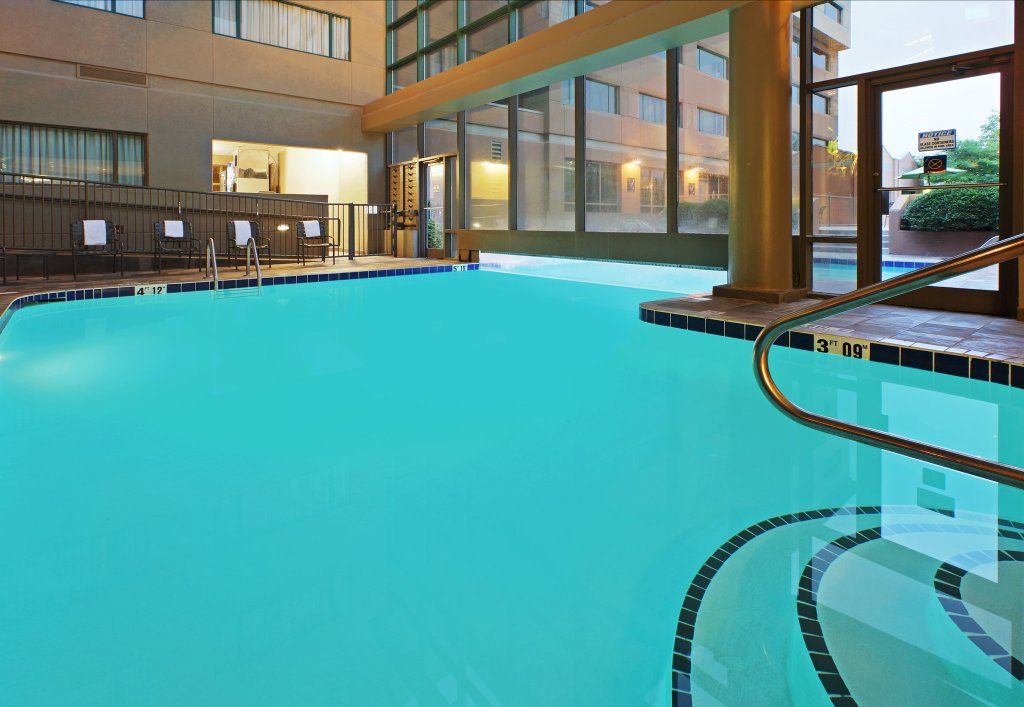 Crowne Plaza Little Rock