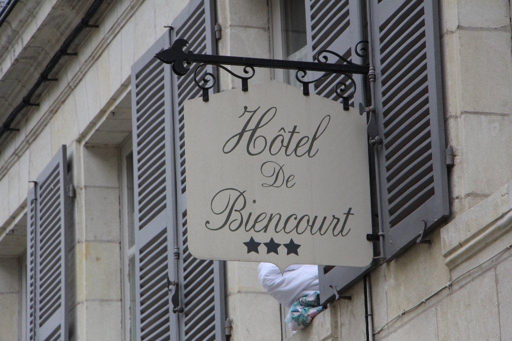 HOTEL DE BIENCOURT