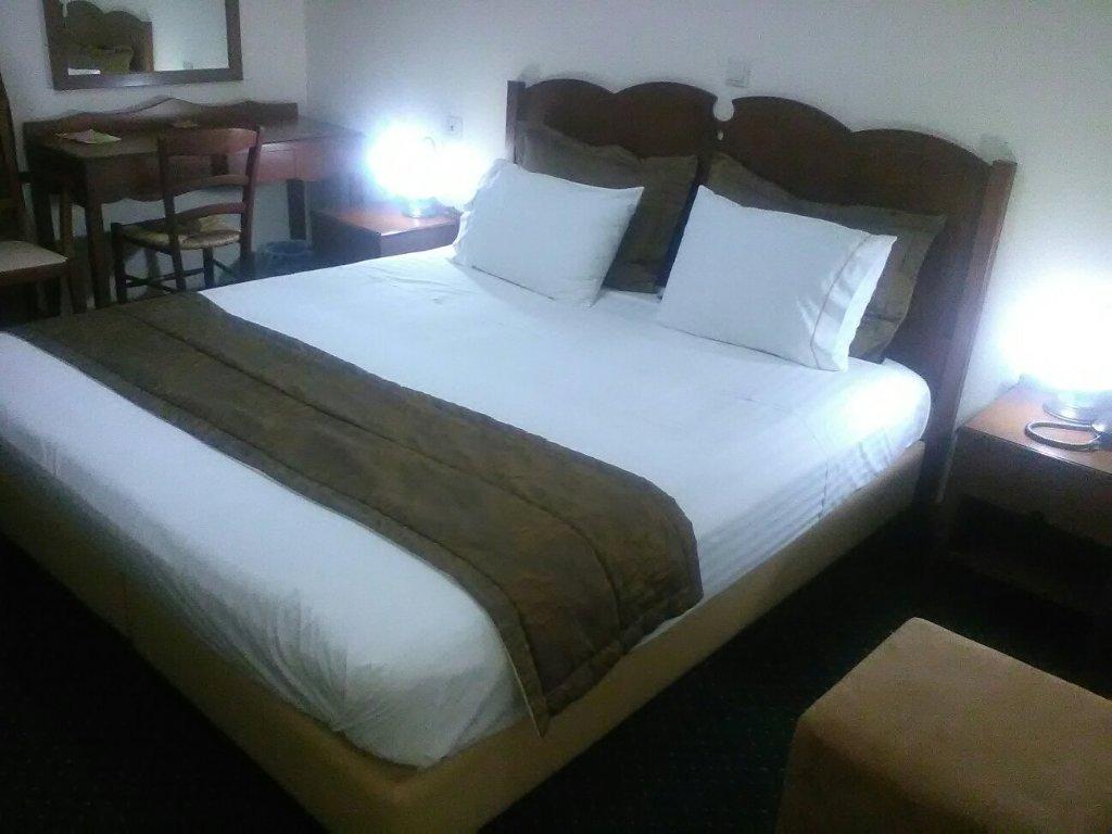 Glarentza Hotel