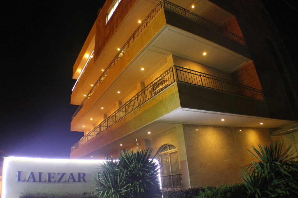 Lalezar Hotel and Restaurant