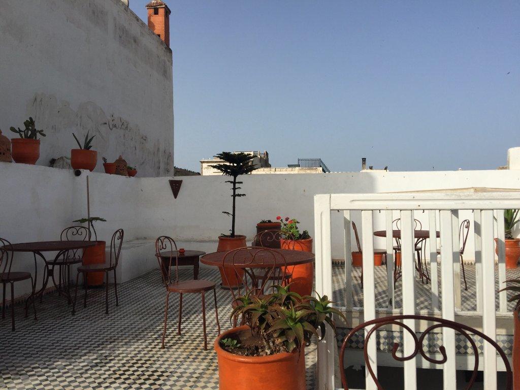 里亞德橙色卡奈爾飯店