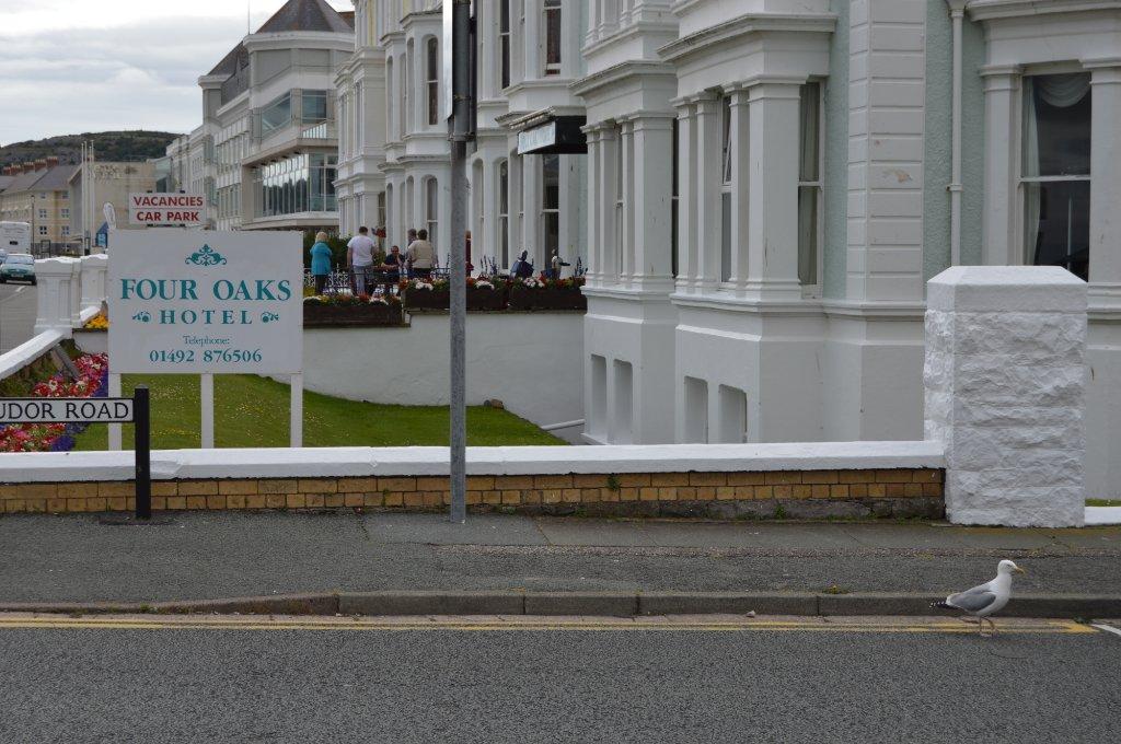 Four Oaks Hotel
