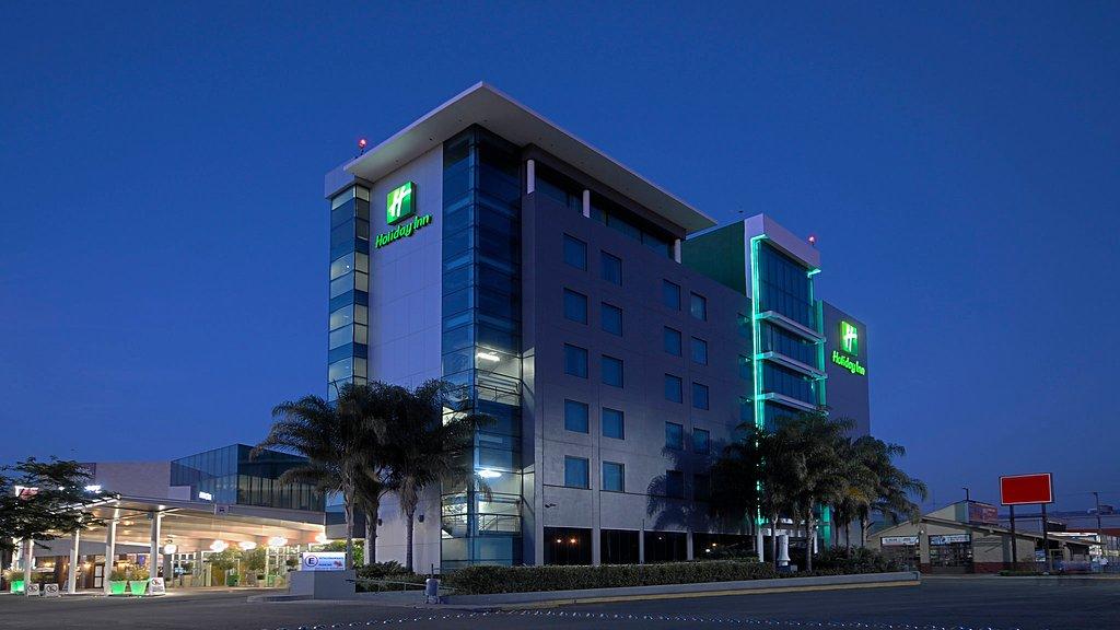 ホリデ イン イラプアト ホテル
