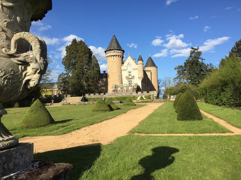 Chateau de Busset