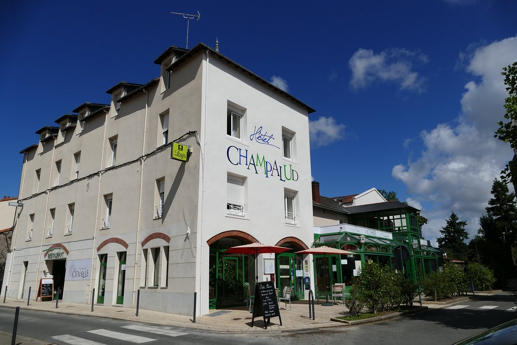 香馬帕魯德羅基斯酒店