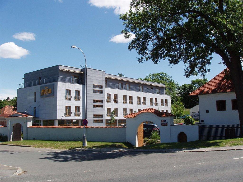 梅里圖姆酒店