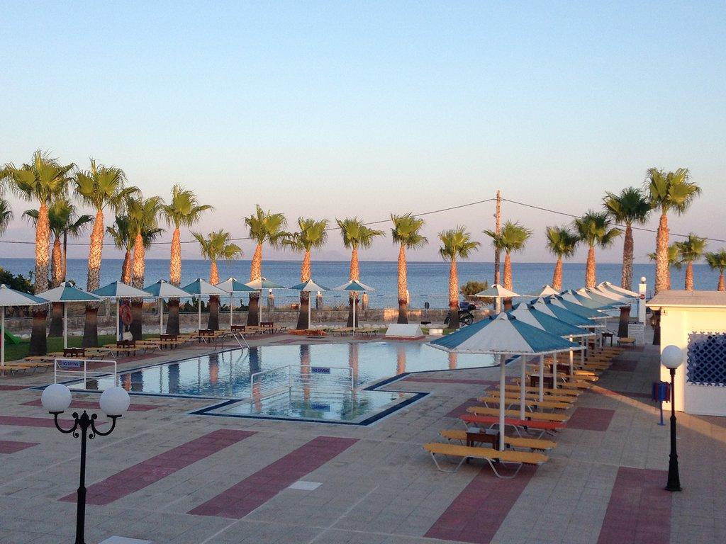 馬米斯海灘酒店