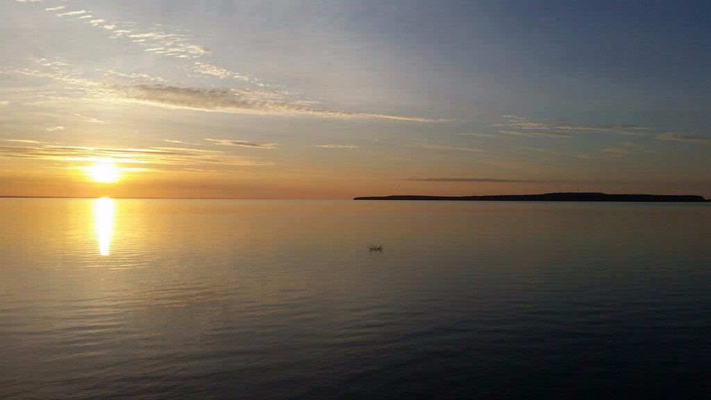 Best Western Harbour Pointe Lakefront