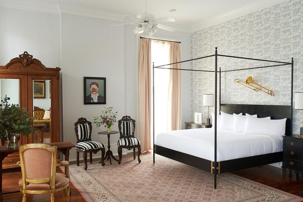 亨利霍華酒店