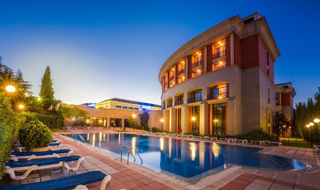特瑞普梅里達美狄亞酒店