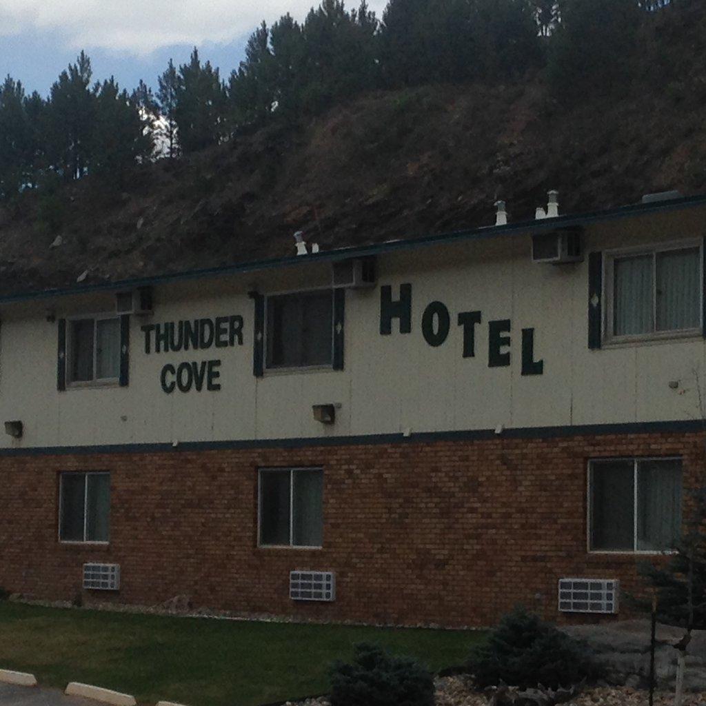 ザ サンダー コーブ ホテル