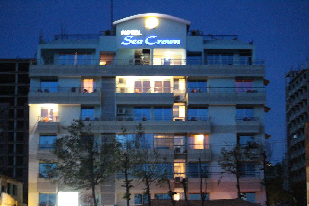 Hotel Sea Crown