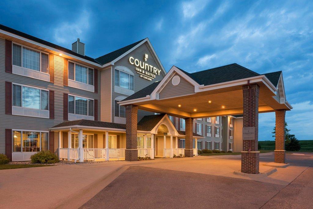 曼卡多卡爾森鄉村旅館及套房飯店 - 飯店及會議中心