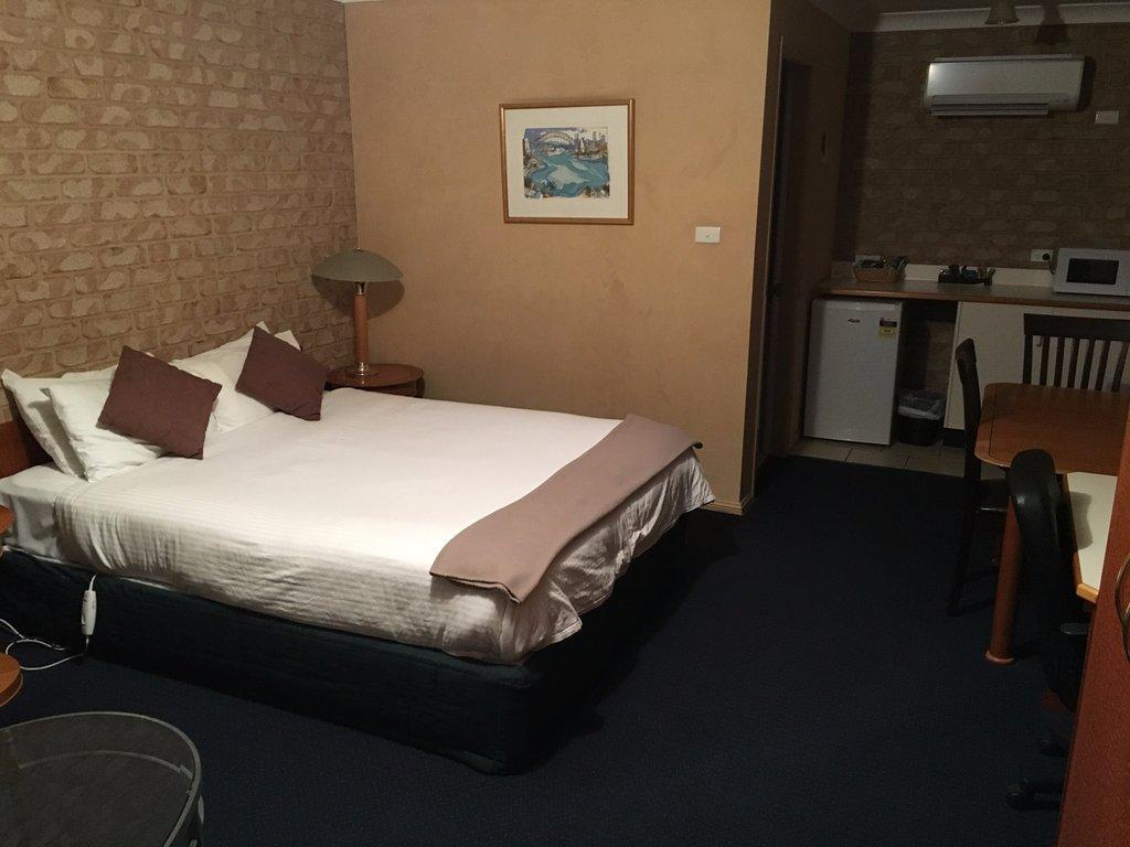 Koreela Park Motor Inn
