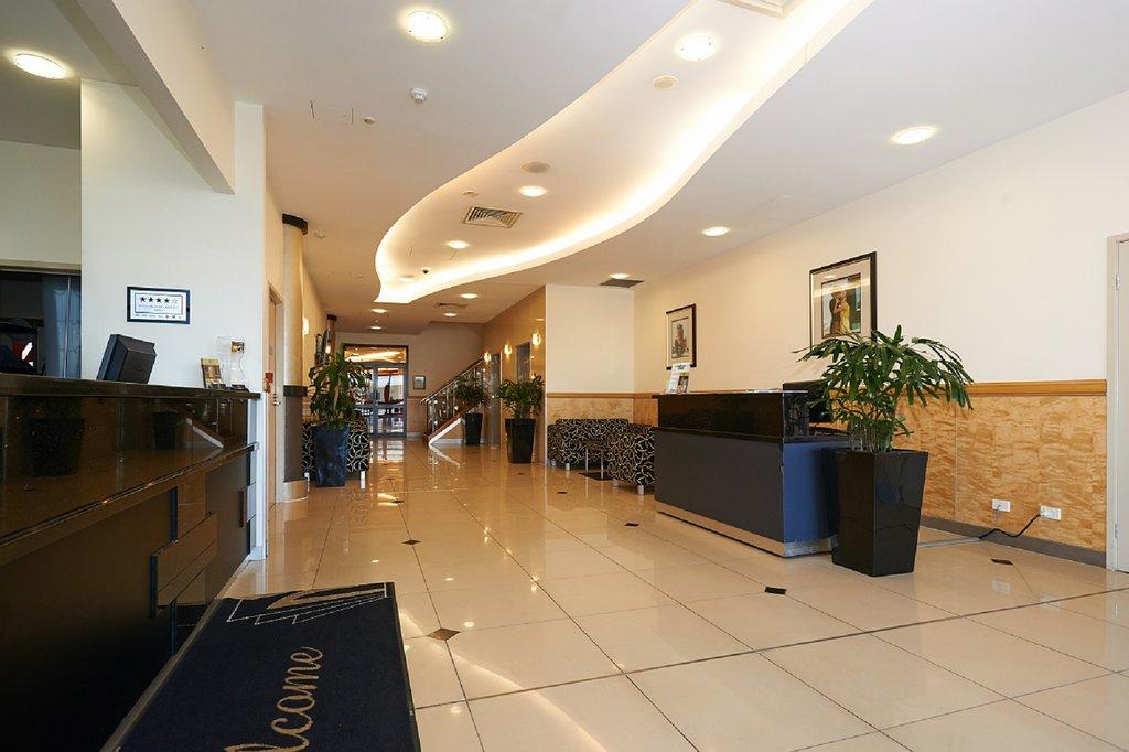 Mackay Grande Suites