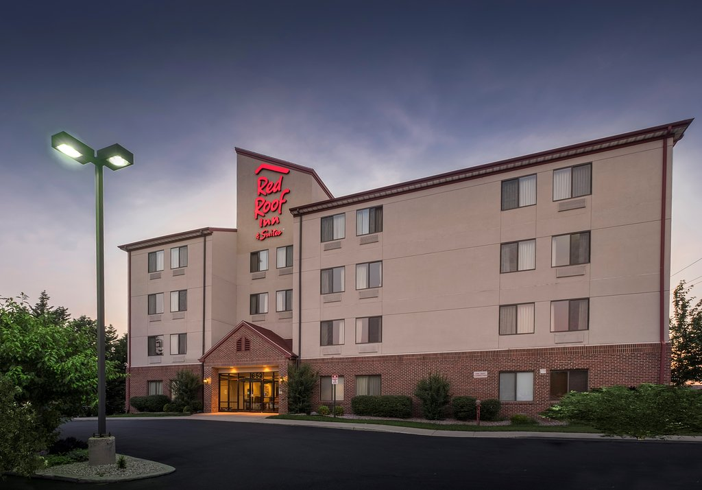 Red Roof Inn & Suites Dover