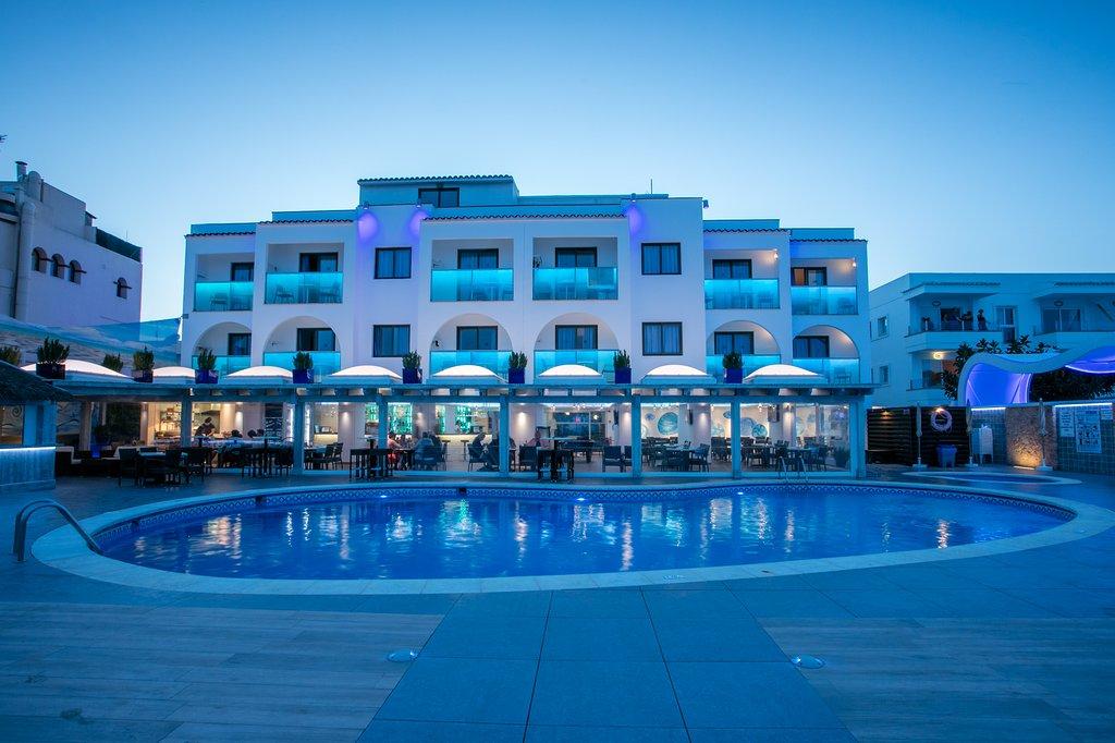 Apartamentos Sal Rossa Ibiza