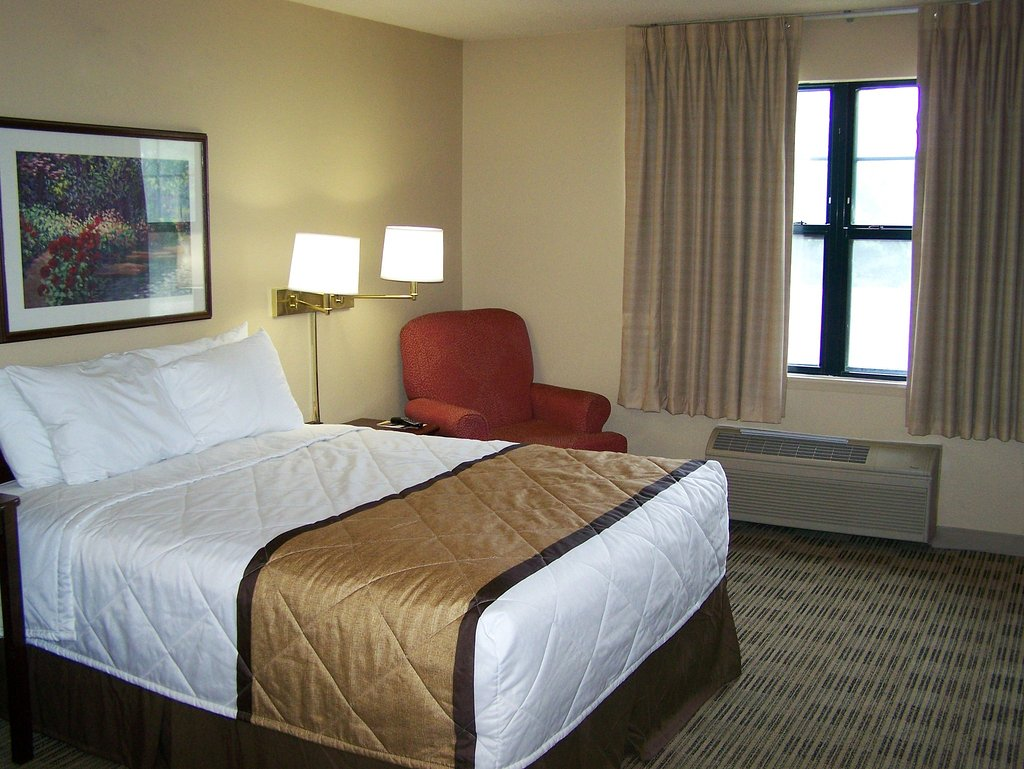 Extended Stay America - Minneapolis - Maple Grove