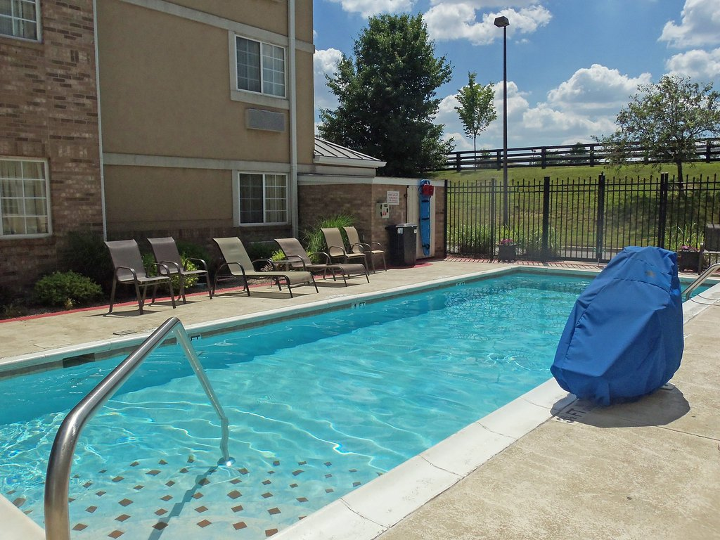 Extended Stay America - Louisville - Alliant Avenue