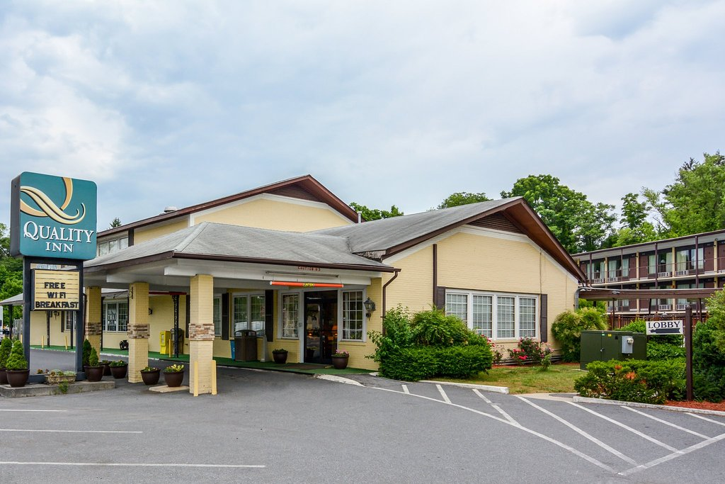 Quality Inn Skyline Drive