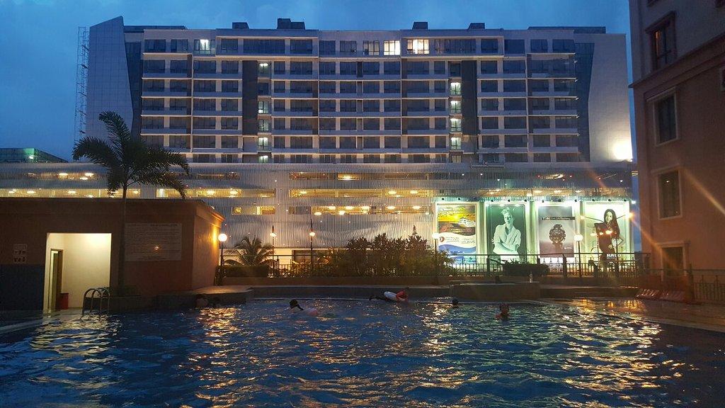 KK-SUITES @ Marina Court Resort Condominium
