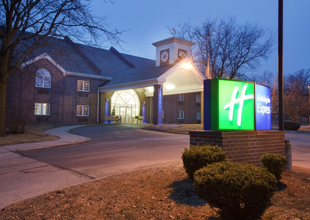 Holiday Inn Express Des Moines/Drake University
