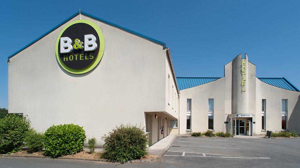 B&B Hotel Saint Witz